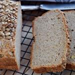 Chleb razowy z cieciorką