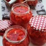 Pomidory do słoików na zimę