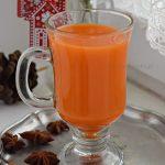 Napój imbirowo – marchewkowy