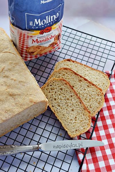 Prosty chleb z foremki