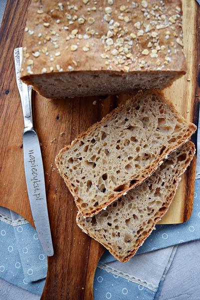 Prosty chleb na drozdżach
