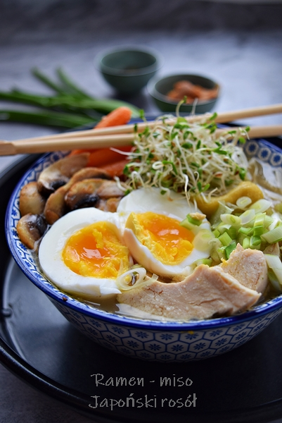 Zupa ramen - japoński rosół